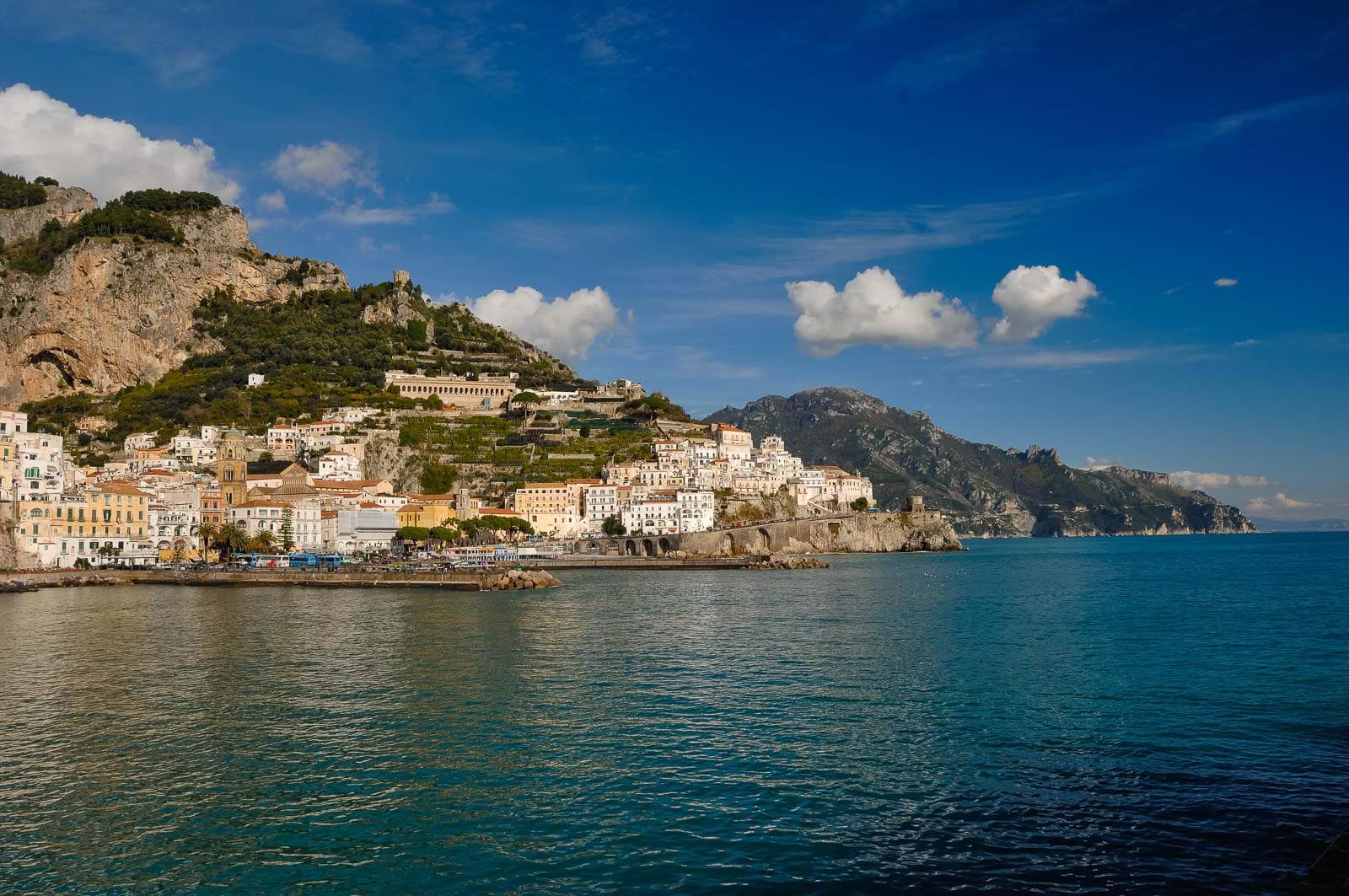 Awesome azienda soggiorno e turismo amalfi contemporary for Soggiorno costiera amalfitana